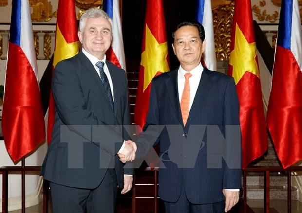 Le Premier ministre Nguyen Tan Dung promeut les relations Vietnam-Republique tcheque hinh anh 1