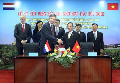 Vietnam - Pays-Bas : jumelage entre la province de Binh Duong et la ville d'Emmen hinh anh 1