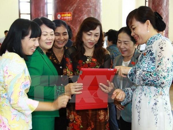 Renforcement de la participation des femmes a l'AN et aux conseils populaires hinh anh 1