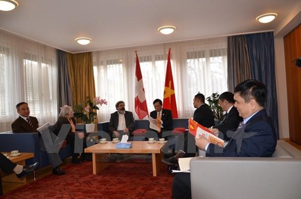 Renforcement de l'amitie entre le Vietnam et la Suisse hinh anh 1