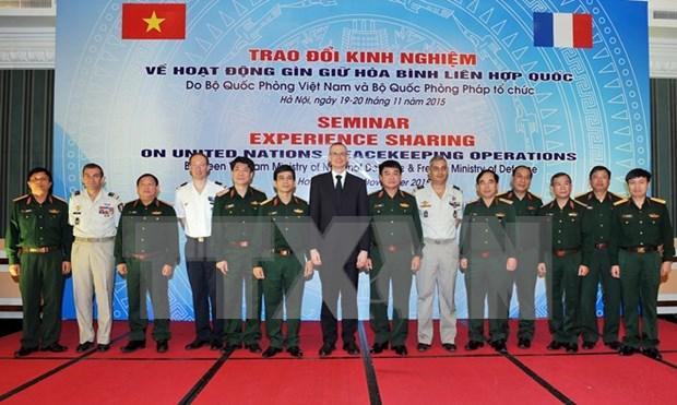 Maintien de la paix : Vietnam et France partagent des experiences hinh anh 1