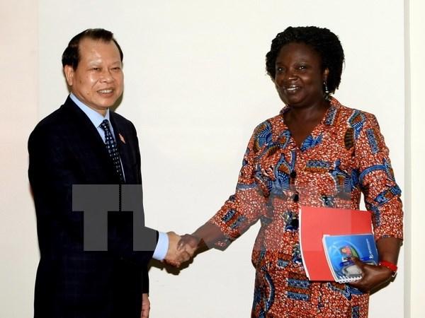 La BM proposera des iniatives pour reduire la pauvrete au Vietnam hinh anh 1
