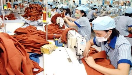 La balance commerciale du Vietnam accuse un deficit de 3,58 milliards de dollars en 10 mois hinh anh 1