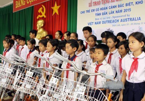 Dak Lak : cadeaux aux enfants handicapes et aux enfants demunis hinh anh 1