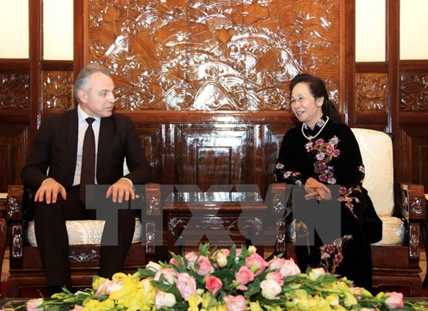 La delegation syndicale de la Bielorussie recue par la vice-presidente Nguyen Thi Doan hinh anh 1