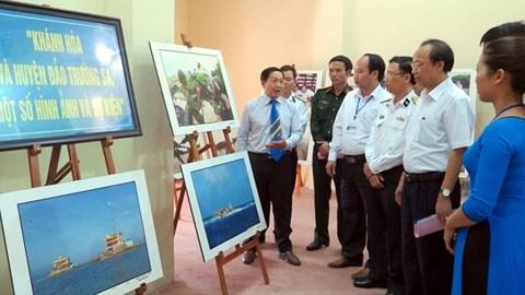 L'exposition itinerante sur Hoang Sa et Truong Sa arrive a Thai Nguyen hinh anh 1