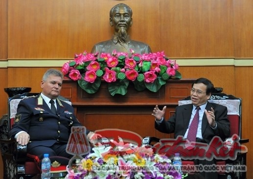 Gestion des catastrophes: Le Vietnam et la Hongrie partagent des experiences hinh anh 1