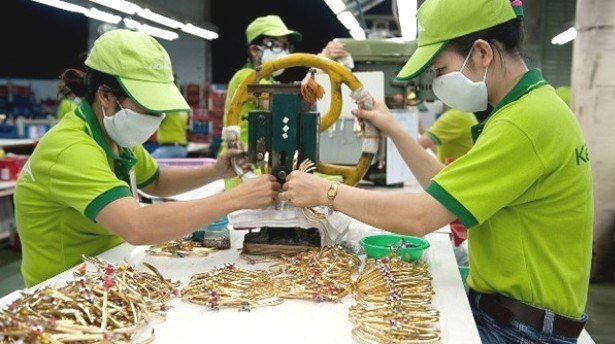HSBC: le Vietnam deviendra le 10e exportateur mondial en 2050 hinh anh 1