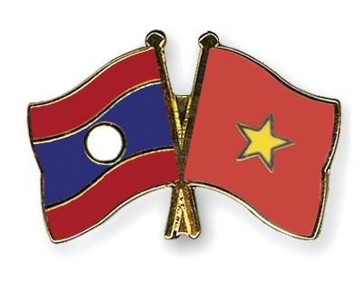 Ouverture du 2e tournoi de football des jeunes Vietnamiens au Laos hinh anh 1