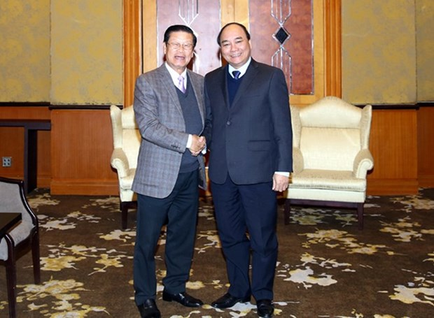 Vietnam-Laos : entretien entre les deux vice-Premiers ministres hinh anh 1