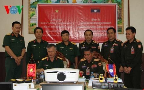 Le Vietnam aide le Laos dans la formation en topographie militaire hinh anh 1