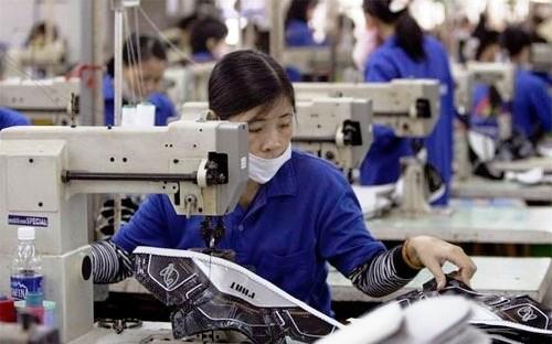 Bloomberg : un record de decaissement d'IDE attendu hinh anh 1