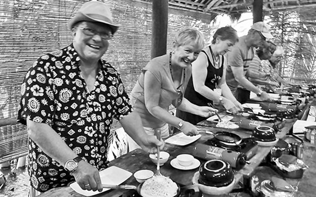 Hoi An : cours de cuisine pour les touristes hinh anh 1