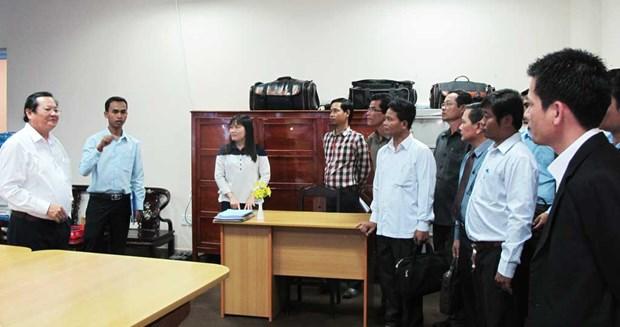 Long An et Svay Rieng (Cambodge) cooperent dans la communication hinh anh 1