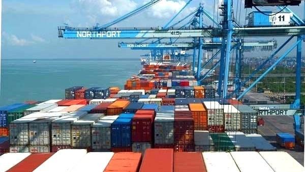 Commerce exterieur : deficit de pres de 2,9 milliards de dollars depuis janvier hinh anh 1