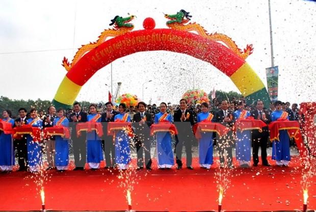 Mise en service d'un nouveau pont reliant Hanoi et Phu Tho hinh anh 1