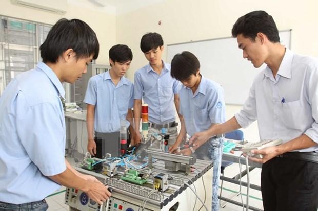 Formation professtionnelle : le Vietnam cherche a mieux s'integrer a l'ASEAN hinh anh 1