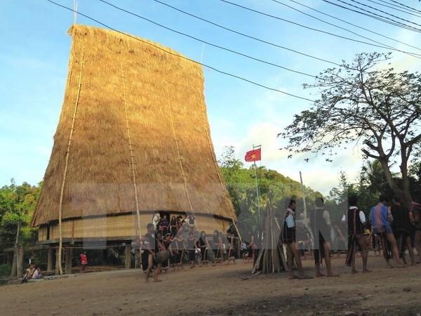 Kon Tum se bat pour sauver la culture des gongs hinh anh 1