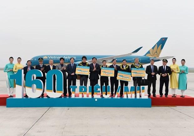 Vietnam Airlines recoit son 160 millionieme passager hinh anh 1