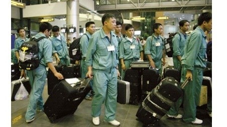 Le Vietnam souhaite elargir les debouches professionnels a l'etranger hinh anh 1