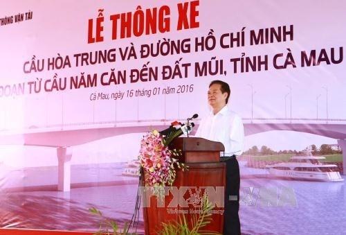 Ouverture au trafic du pont Hoa Trung et d'un troncon de la route Ho Chi Minh hinh anh 1
