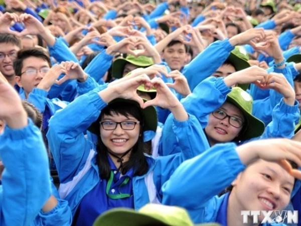 Les jeunes confiants en la direction du Parti hinh anh 1