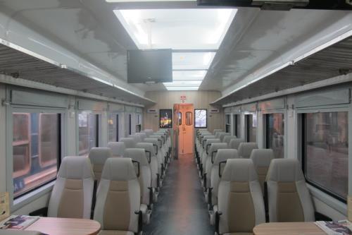 Mise en service des trains de haute qualite SE5/6 et SE7/8 sur la ligne Hanoi-HCMV hinh anh 1