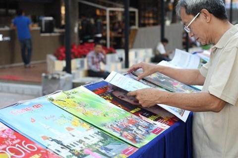 Ho Chi Minh-Ville: lancement de la fete du journal du Tet 2016 hinh anh 1