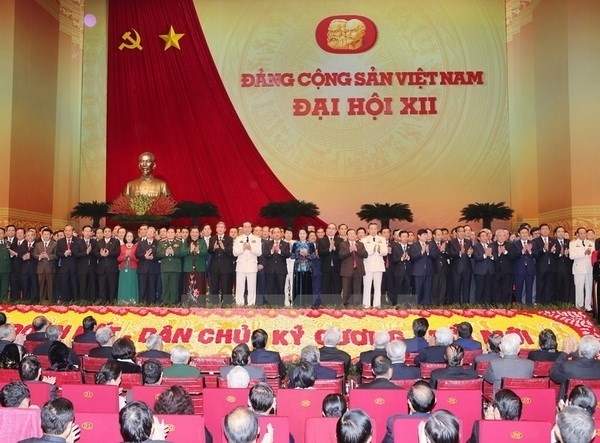 Communication des resultats du 12e Congres du PCV au corps diplomatique hinh anh 1