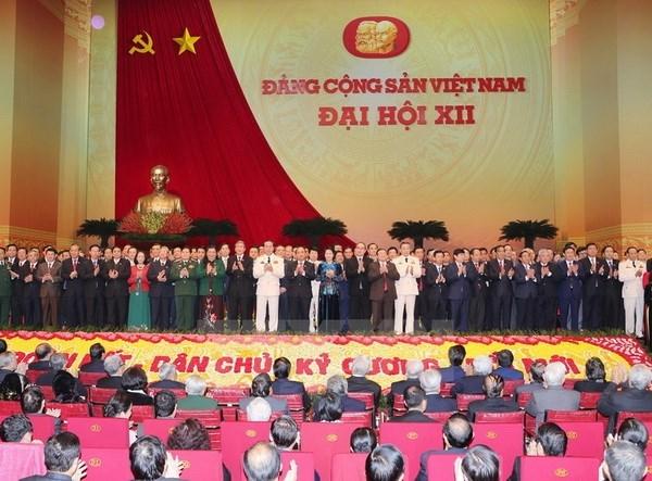 Le peuple du pays est convaincu dans la direction claire du Parti hinh anh 1