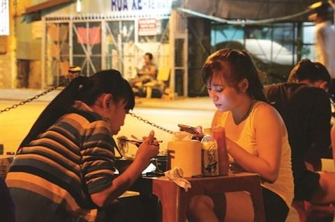 Le dedale de ruelles, cœur vibrant des Saigonnais hinh anh 1