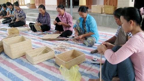 Hanoi accorde une aide financiere a la formation professionnelle des travailleurs ruraux hinh anh 1