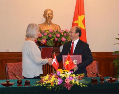 Vietnam et Danemark signent un plan d'action commun 2016 hinh anh 1