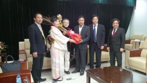 Le Japon offre 100 cerisiers a Da Nang hinh anh 1