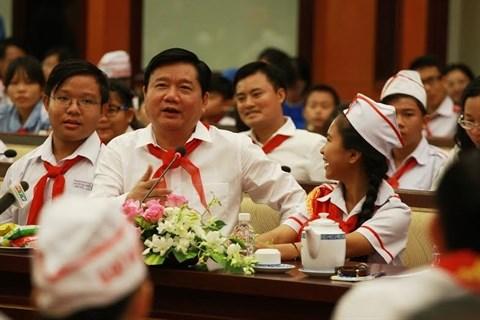 Les autorites de Ho Chi Minh-Ville a l'ecoute des enfants hinh anh 2