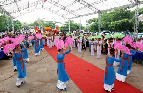 Precis des danses traditionnelles de l'ethnie Cham hinh anh 1