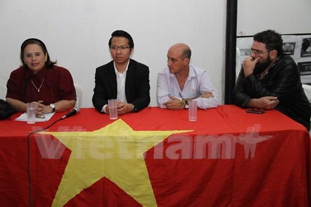 Colloque sur les femmes vietnamiennes en Argentine hinh anh 1