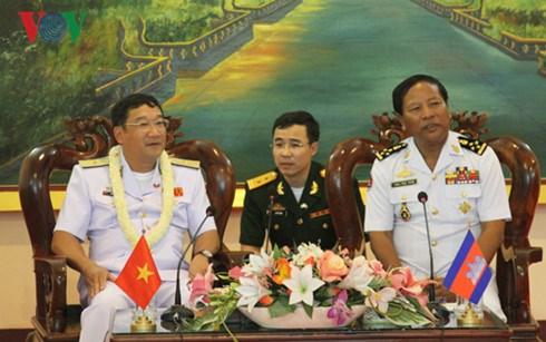 Les Marines vietnamienne et cambodgienne renforcent leur cooperation hinh anh 1