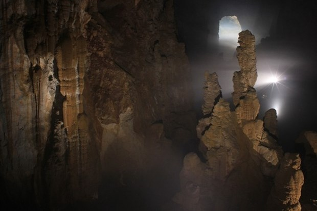 Son Doong candidate au titre de plus grande grotte du monde hinh anh 1