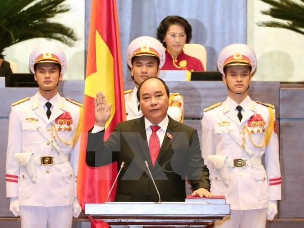 Le Cambodge et Singapour felicitent le Premier ministre Nguyen Xuan Phuc hinh anh 1