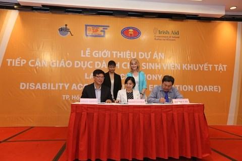 Acces a l'education pour les etudiants handicapes hinh anh 1