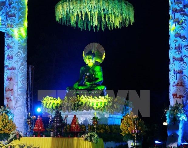 Ninh Binh accueille la statue du Bouddha de Jade pour la paix universelle hinh anh 1