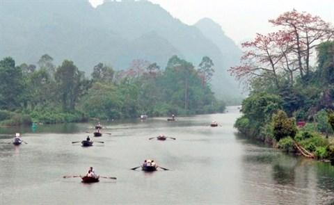 Des faubourgs de Hanoi a la couleur rouge hinh anh 2