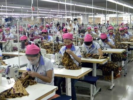 Textile-habillement: Les exportations nationales frolent les 5 milliards de dollars en trois mois hinh anh 1
