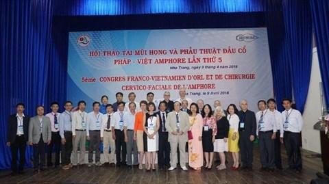 Bilan du 5e Congres franco-vietnamien de l'Amphore a Nha Trang hinh anh 1