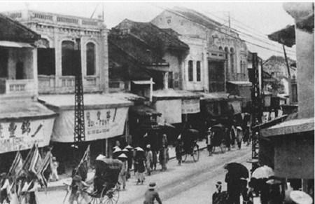 Hang Bac, une rue de metier originale hinh anh 2
