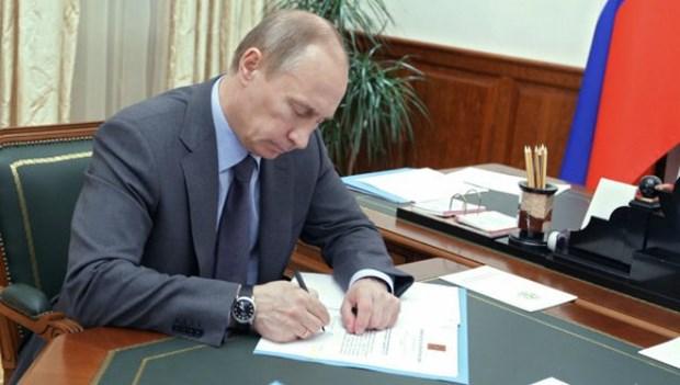 La Russie ratifie l'accord de libre-echange UEEA-Vietnam hinh anh 1
