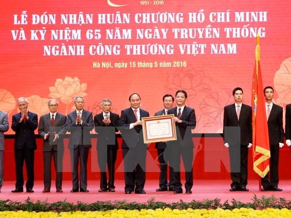 Le secteur de l'industrie et du commerce celebre son 65eme anniversaire hinh anh 1