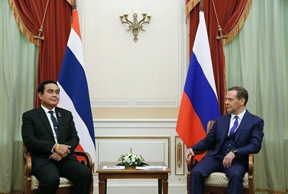 La Russie et la Thailande signent des accords de cooperation hinh anh 1