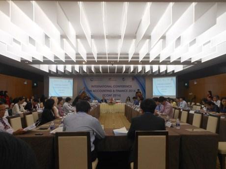 Conference internationale sur la comptabilite et la finance a Da Nang hinh anh 1